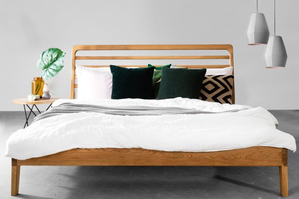 """Eichen-Designerbett """"DIE LERCHE"""" 160x200 cm. Das Designerbett für Puristen"""