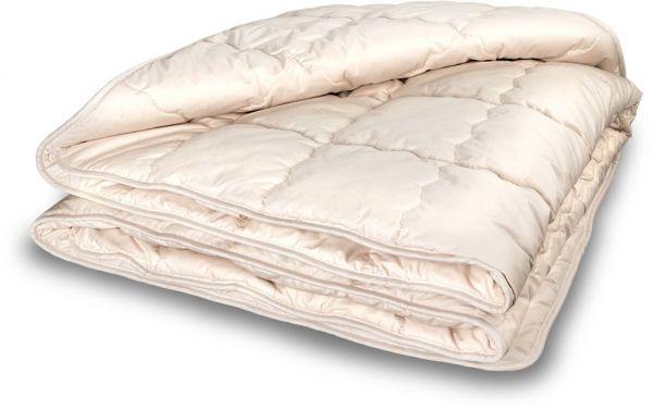 Ganzjahres-Bettdecke KAPOK 155x220 cm. Antirheumatisch