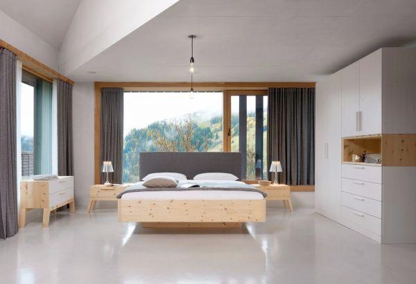 Zirben-Designerbett ALPENLAND 200x200 cm mit Lodenpolsterung