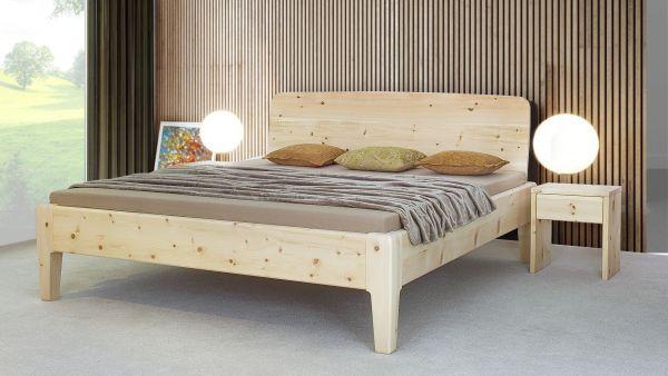 Zirben-Designerbett NICOLA 200x200 cm, 4cm, metallfrei, schönes Betthaupt, stylische Bettfüsse