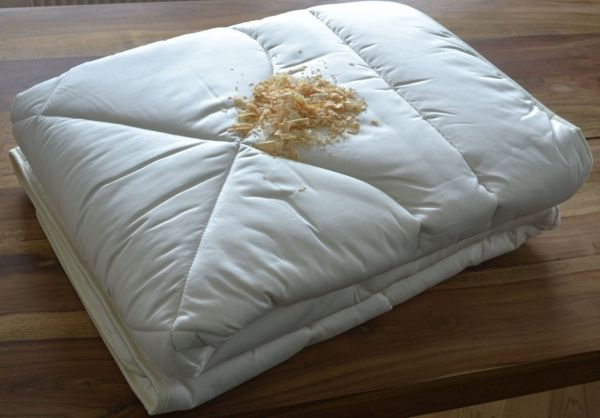 Bio-Zirben-Oberbett 155x220 cm, Natur pur, anschmiegsam und wohlduftend. Nur das Beste ins Bett
