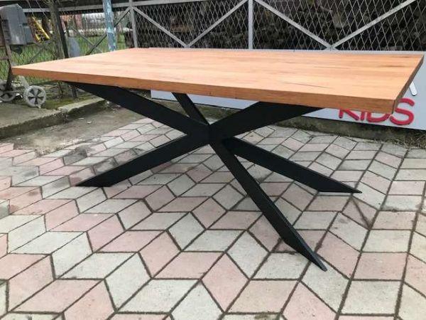 """Designer-Esszimmertisch """"VICTOR"""" 100x220x75 cm. 5 cm massive Tischplatte aus uralten Eichenholz-Bal"""