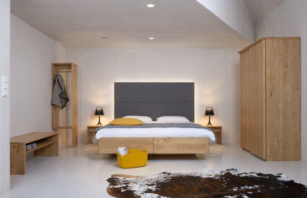 Eichen-BOX-Bett ALPENLAND 180x200 cm mit hoher Loden-Vertäfelung