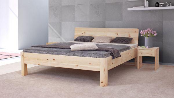 Zirben-Designerbett ADELE 200x220 cm. Metallfrei. Überlänge. Stabil