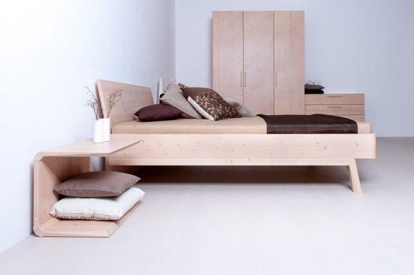Zirben-Designerbett ALPENHERZ 140x220 cm. Massiv. Überlänge