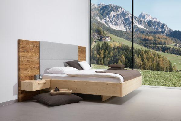 Zirben.Designerbett ALPENLAND 180x200 cm mit Altholz-Vertäfelung hoch + 2x Lodenpaneel + 2x Hängena