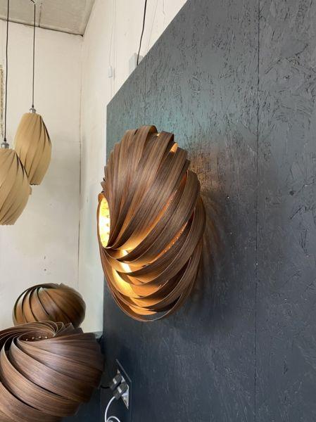 Designer-Holzfurnier Pendelleuchte in Nussbaum geölt 50 cm Durchmesser