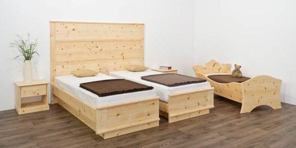 Zirbenbett ALPENLIEBE 180x200 cm (2x 90x200 cm) mit hoher Vertäfelung und trennbarem Doppelbett